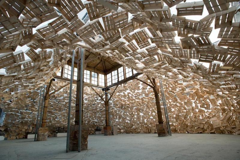 TADASHI KAWAMATA / THE SHOWER / Fondazione Made in Cloister /Napoli 2017